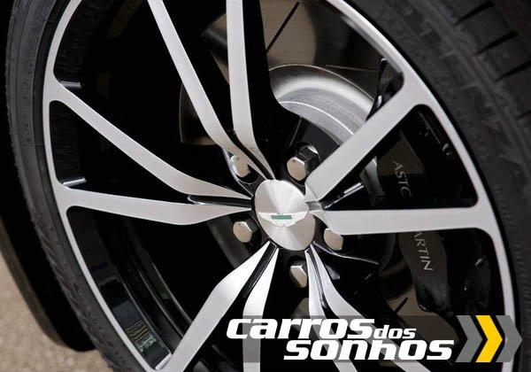 Aston Martin V8 Vantage N420 Roadster 2011