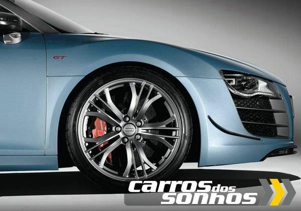 Audi-R8 GT Spyder 2012