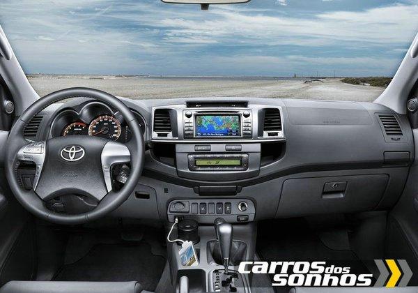 Nova Toyota Hilux 2012