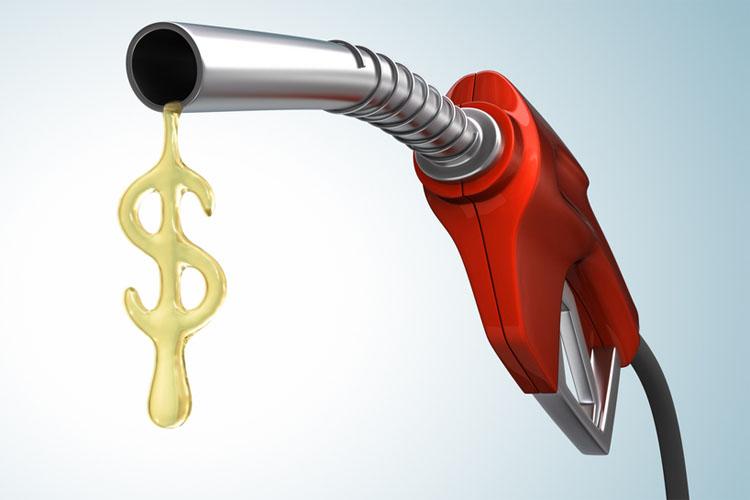 Aumento de impostos no combustível deve pesar no bolso do consumidor
